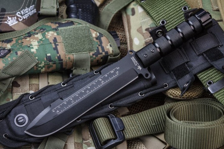 Survivalist X AUS-8 Black Titanium